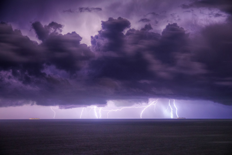 z2849 Winter Lightning over the Channel - The Lightning Gallery