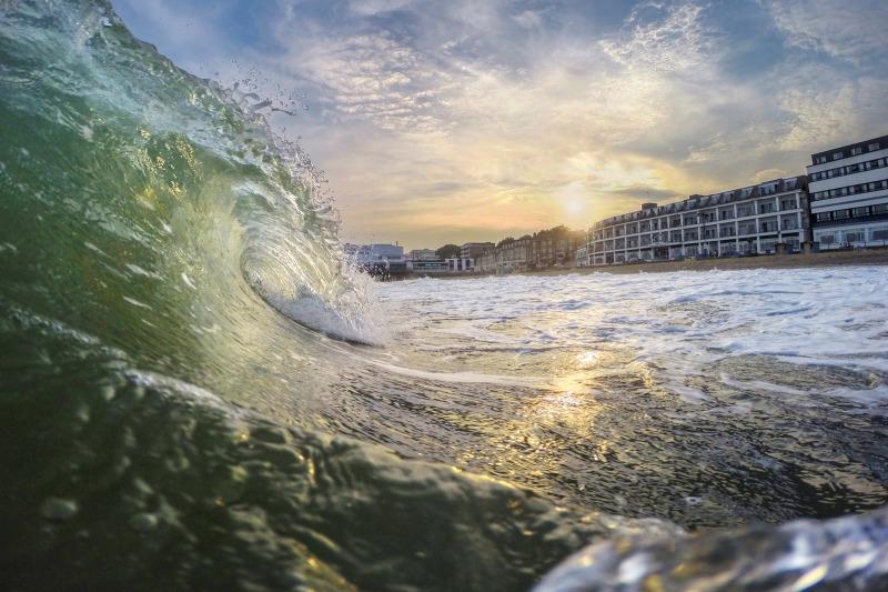 z2514 Evening Surf Sandown Beach - Sandown, Shanklin, Luccombe and Wroxall