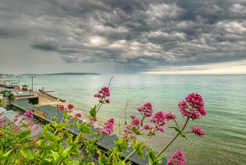 z3065 Distant Storm, Shanklin - Sandown, Shanklin, Luccombe and Wroxall