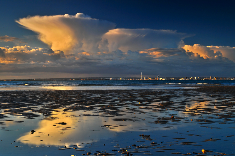 z1325 Storm Cloud, Portsmouth - East Cowes to Ryde inc Haventstreet, Ashey
