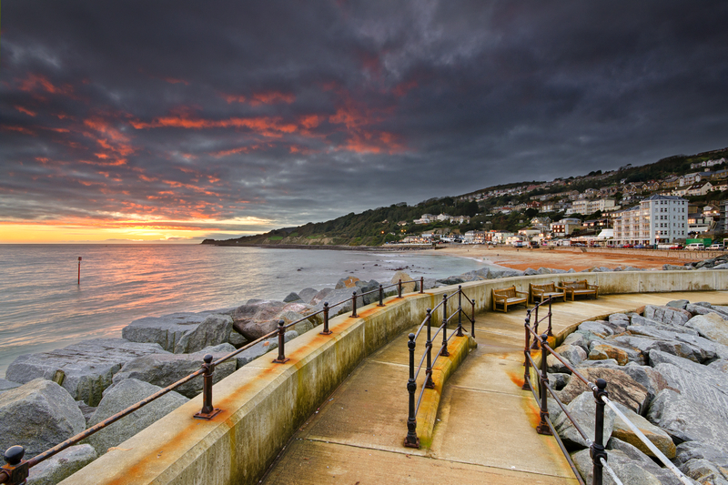 z2150 Ventnor Harbour Wall at Sunset - Ventnor to St Catherine's inc Bonchurch & Whitwell