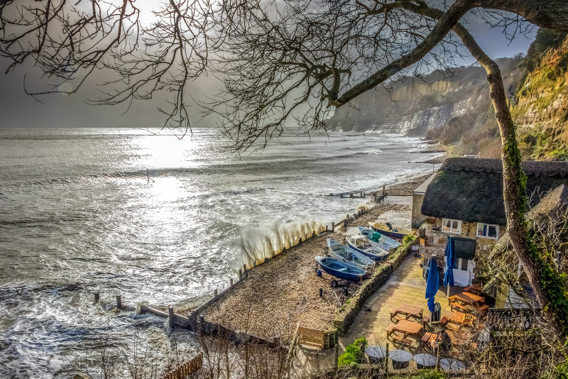 z2866 Stormy Day, Fishermans Beach in Shanklin - Sandown, Shanklin, Luccombe and Wroxall