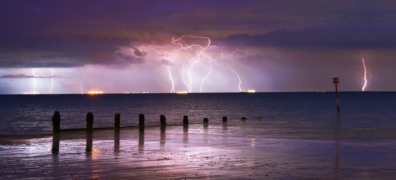 z2420p Channel Storm Sandown Bay - The Lightning Gallery