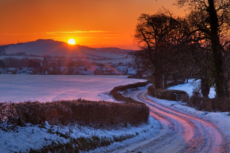z1742 A Winter Sunrise, Brading - Seaview to Bembridge, Whitecliff Bay and Brading