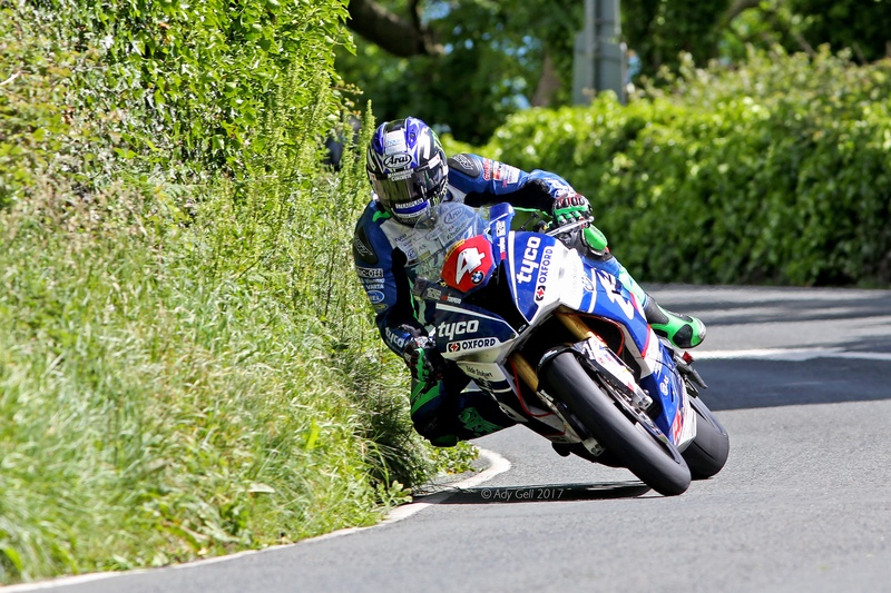 Ian Hutchinson - TT 2017