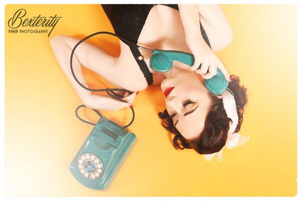 - Retro Telephone