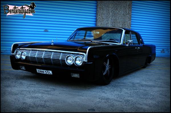 - Lincoln Continental
