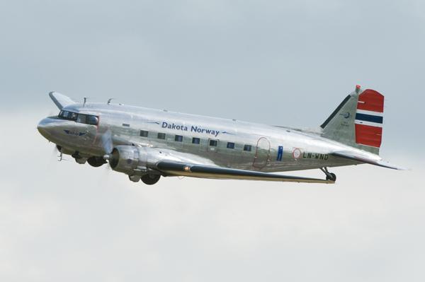 DC 3 Dakota - Aviation