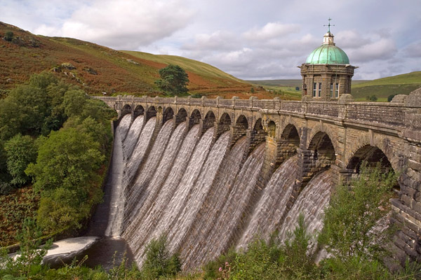 Craig Goch Dam - Travel & Landscapes