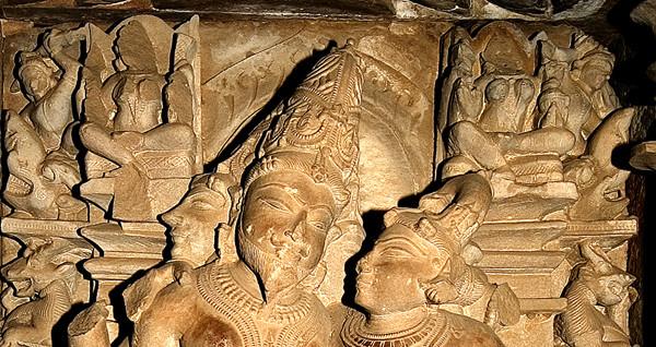 2g 154 - Khajuraho, Visvanatha