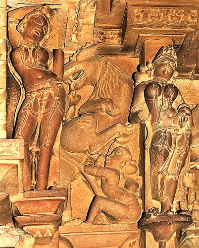2g 104 - Khajuraho, Visvanatha