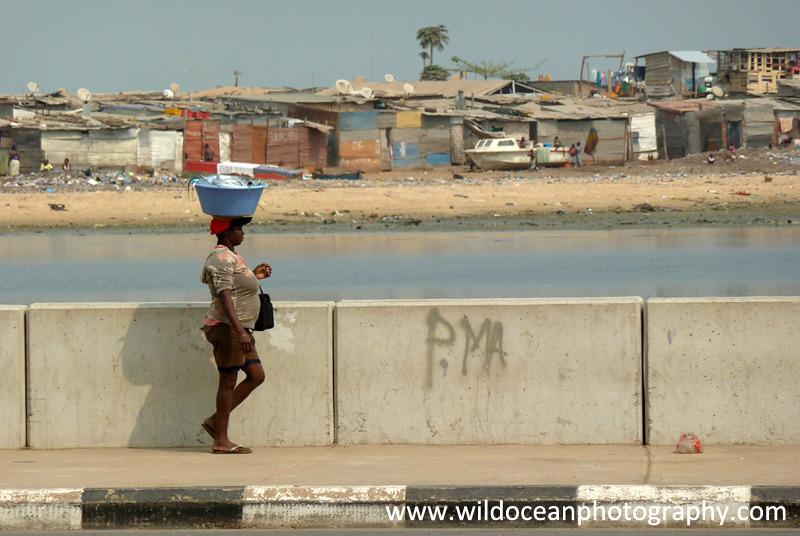 ANG011: Walk home - Angola (W. Africa)