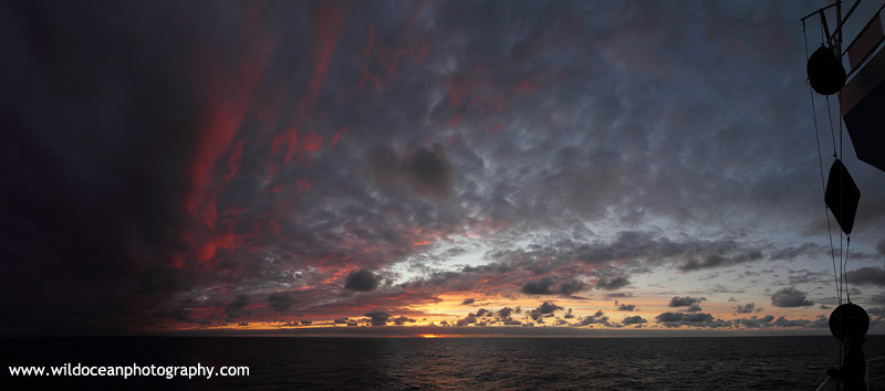 SCE004: Sunset over the Atlantic - Seascapes