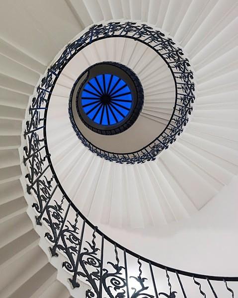 Spiral - Interiors & Architecture