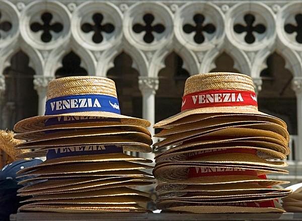 Venezia hats - Travel