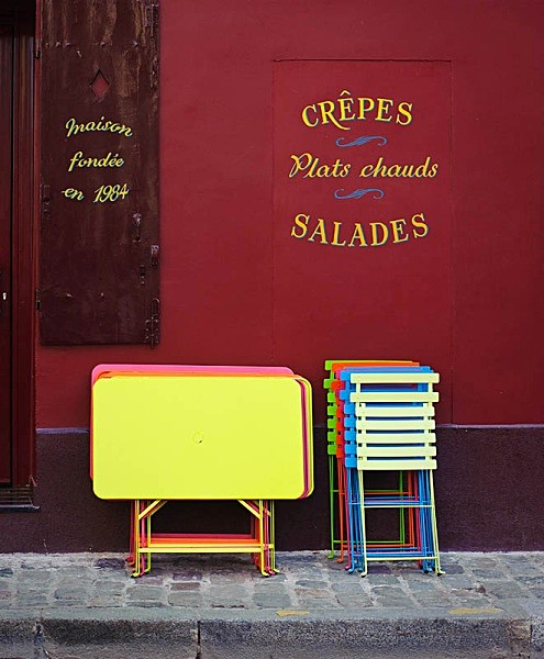 Tables and chairs - Travel