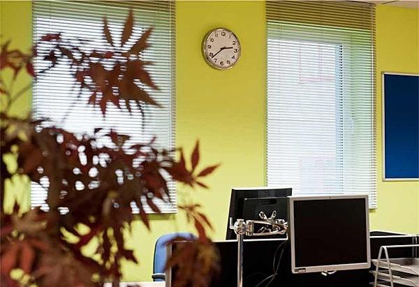 Courier office interior I - Interiors & Architecture