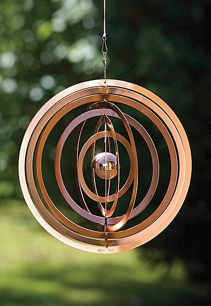 Wind spinner - Still Life