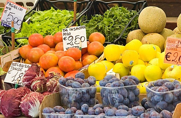 Fruit market - Venice - Travel