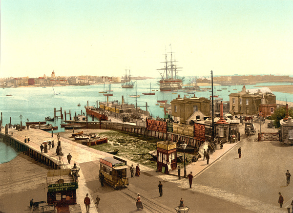 Portsmouth The Harbour 1 - Old Photos of Portsmouth