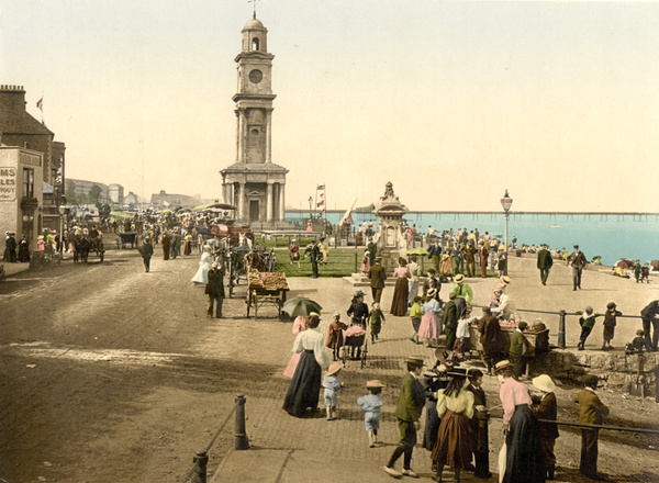 Herne Bay Clock Tower 5 - Old Photos of Herne Bay