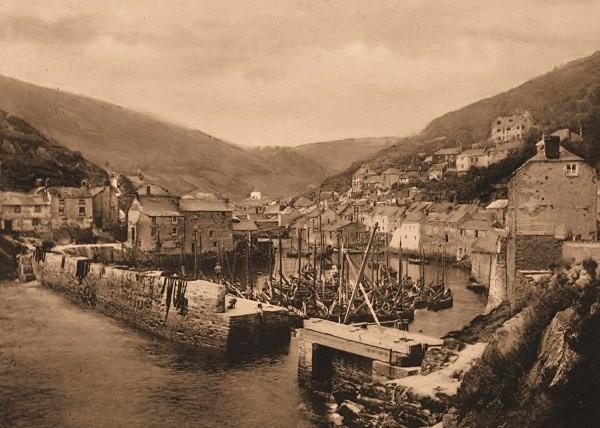 Polperro Harbour 19 - Old Photos of Polperro