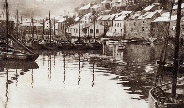 Polperro Harbour 27 - Old Photos of Polperro