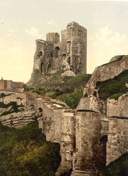 Scarborough Castle 5 - Old Photos of Scarborough