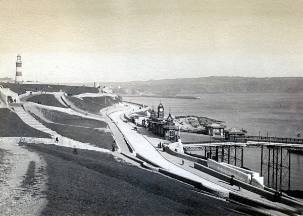 Plymouth Hoe Slopes 67 - Old Photos of Plymouth