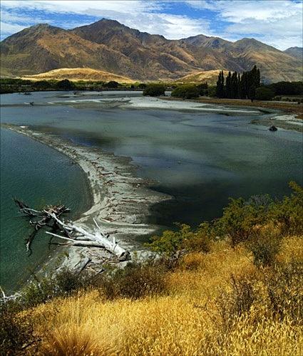Sand spit, lake Wanaka - Colour Landscape