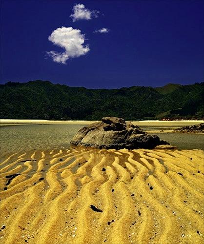 Sand patterns, Waimara beach - Colour Landscape