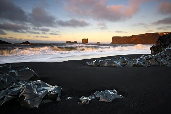 volcanic beach iceland