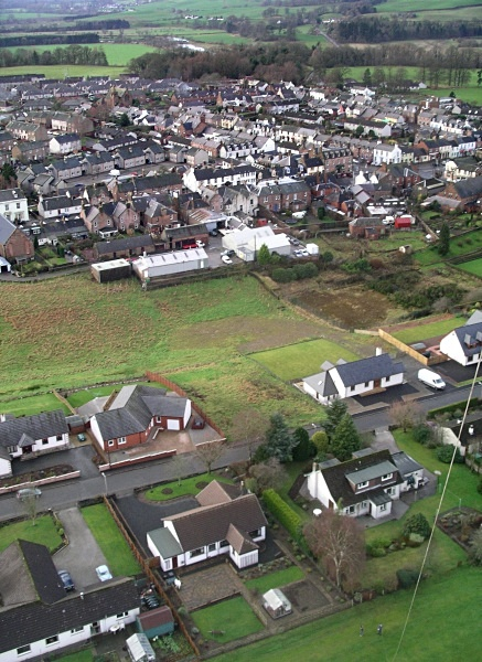 Thornhill Village - Thornhill from a Kitestring
