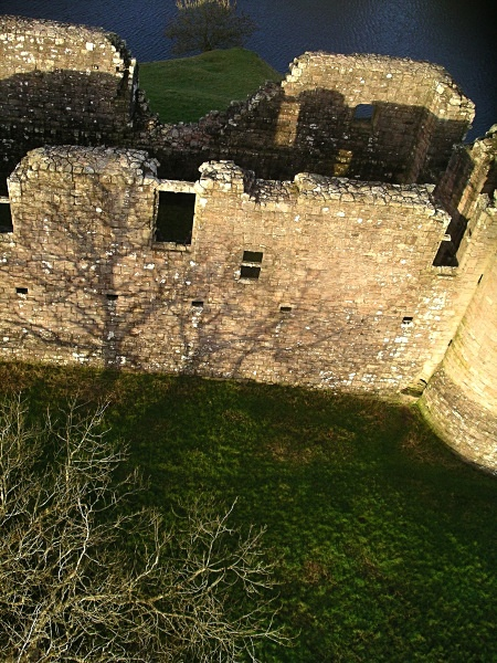 Morton castle - Thornhill from a Kitestring