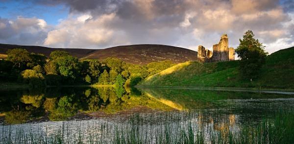 Morton Castle light - Dumfries and Galloway