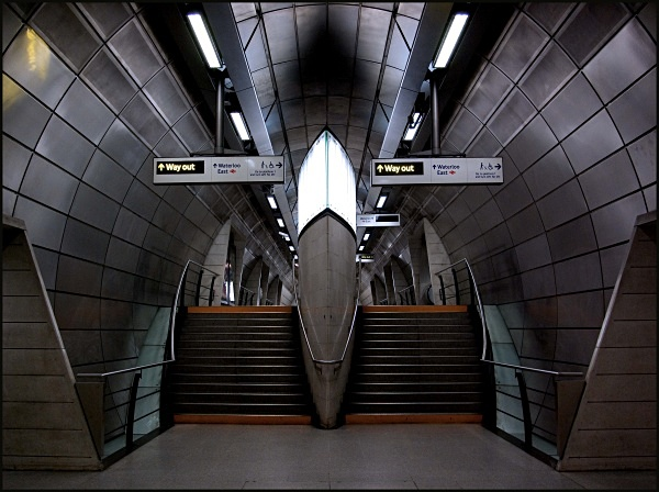 Southwark Station - ARPS Images