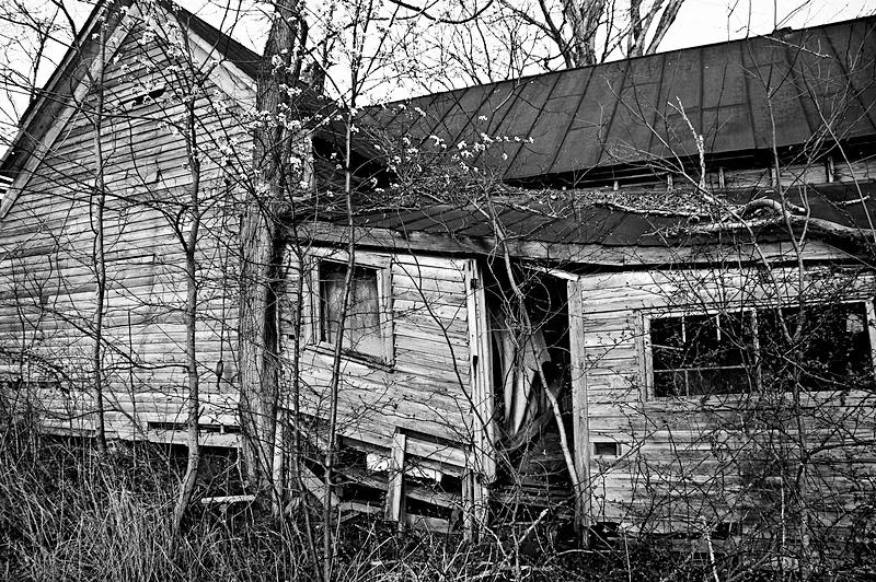 Neglect - Travel - Black & White