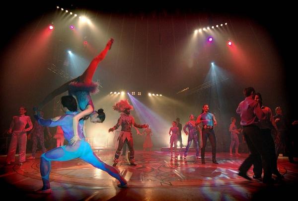 - Circus