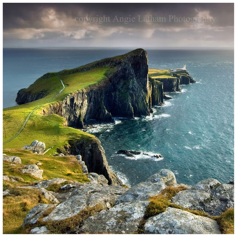 PS048 Neist Point Lighthouse , Isle of Skye - Magical Britain