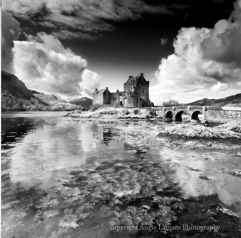 BW001 Eilean Donan Castle - Scotland in Black & White