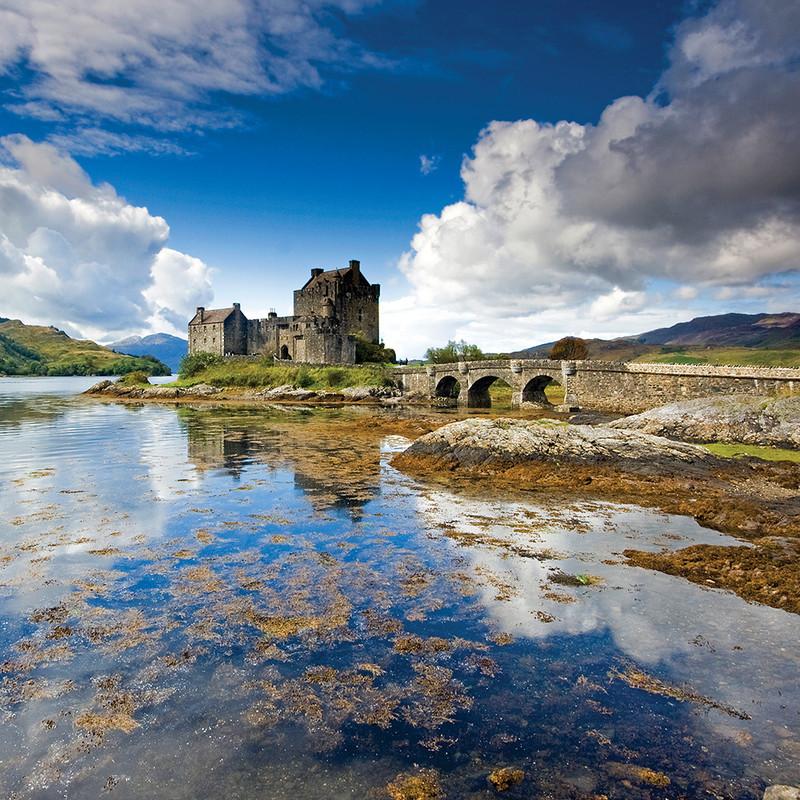 PS069 Castles & Clouds , Eilean Donan Castle - Scottish Landscapes