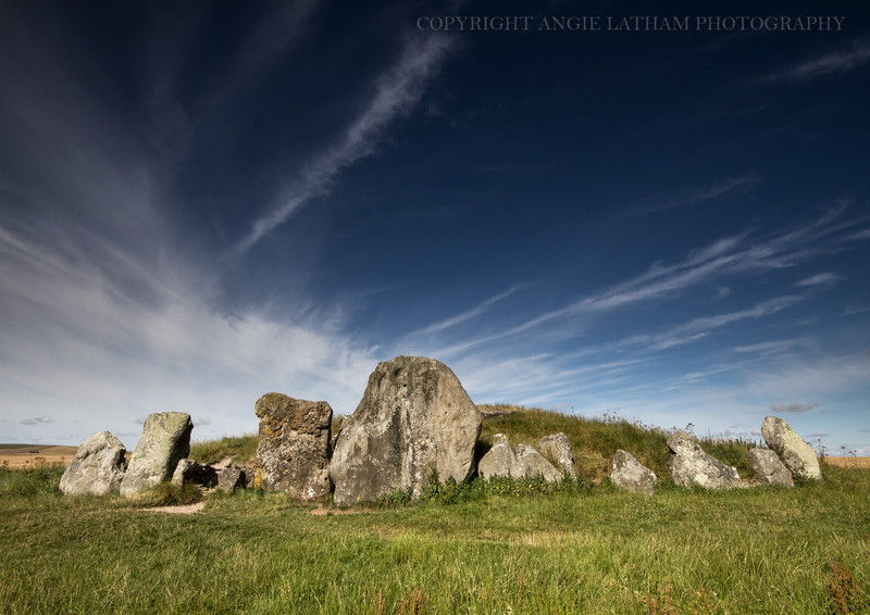 Weat Kennet Long Barrow 1 - Ancient Sites