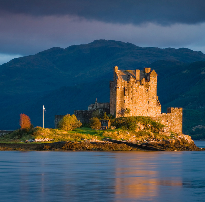 PS072 Evening Light on Eilean Donan Castle - Scottish Landscapes