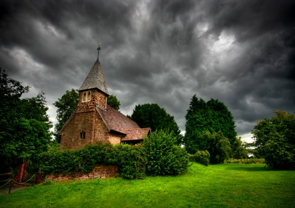Pixley Church : Herefordshire - England & The Shires