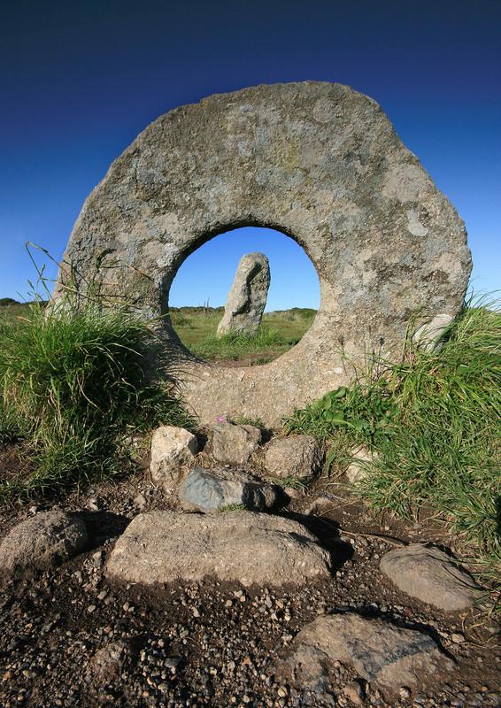Men-an-Tol , Cornwall - Ancient Sites