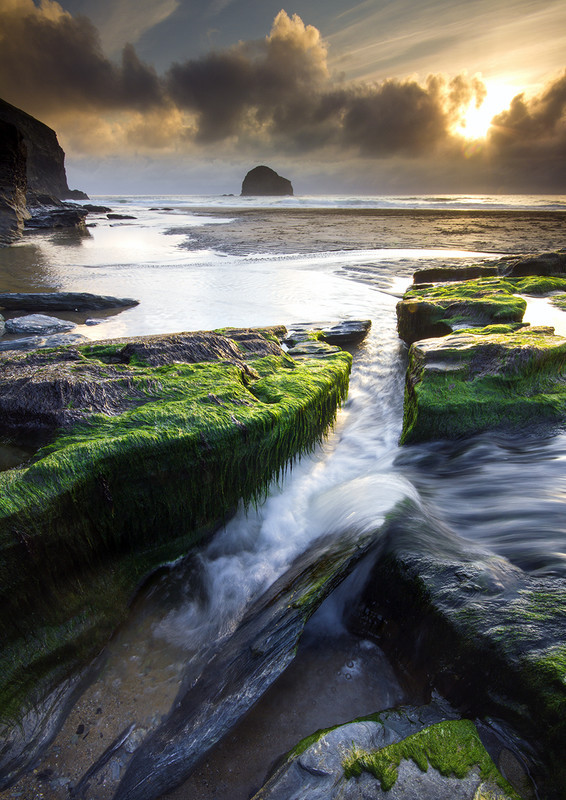 Trebarwith Strand Flow - Celtic Cornwall