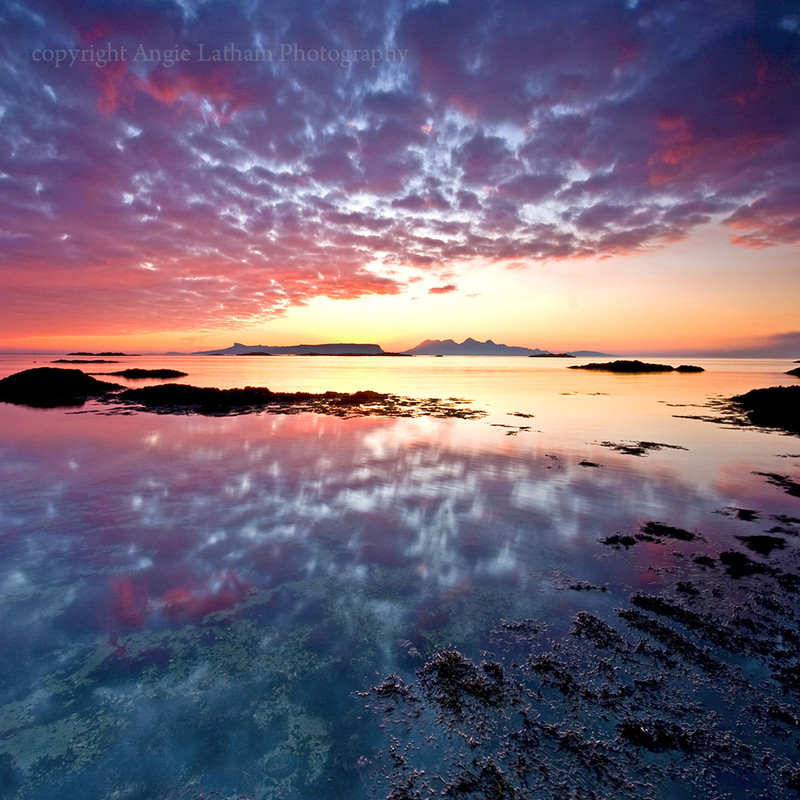 PS090 Sunset of Eigg and Rum , Scotland - Magical Britain