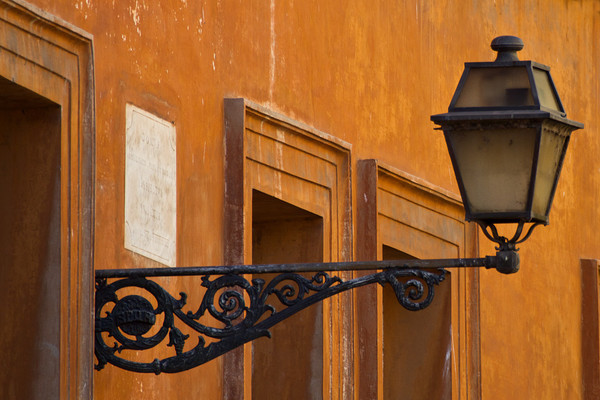 Roman Street Light (MG_6630) - The Mediterranean and Europe