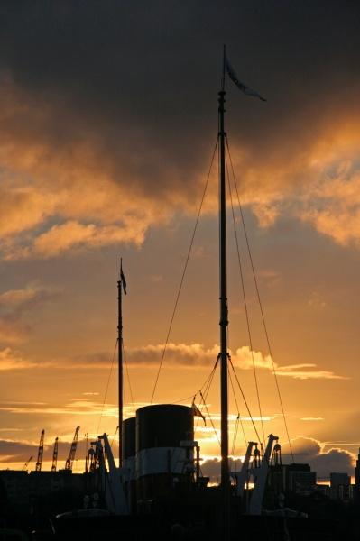 Waverley Silhouette - PS Waverley