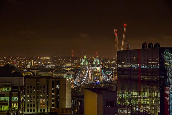 urbex urban exploration london by night the gherkin the shard tower bridge at night abandoned london canary wharf